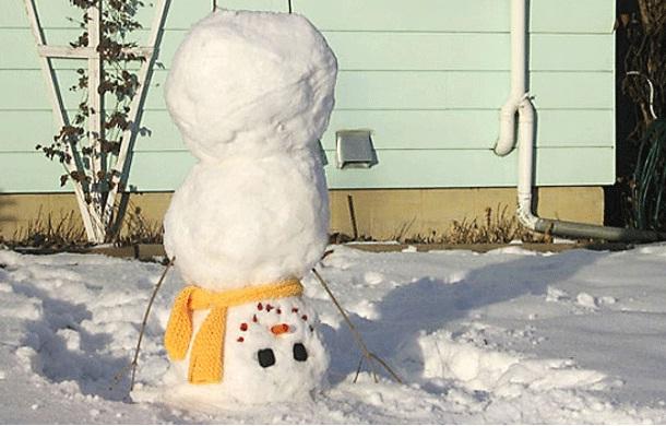 Gymnastic snowman-Craziest Snowmen Ever