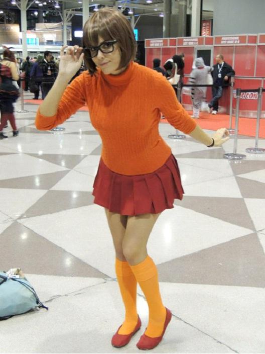 Studious Velma-24 Best Scooby Doo Cosplays Ever
