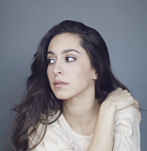 Oona Chaplin-Mind Blowing Facts About Celebrities