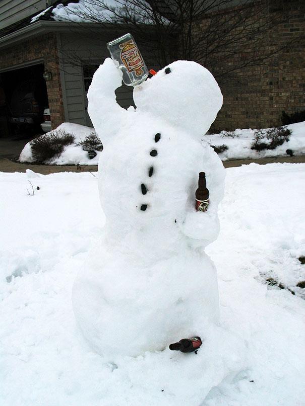 Getting drunk-Craziest Snowmen Ever