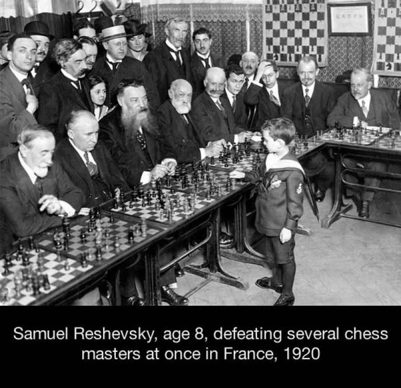 Samuel Reshevsky, the Youngest Chess Player to Beat Chess Masters-15 Historical Pictures That Are Really Shocking