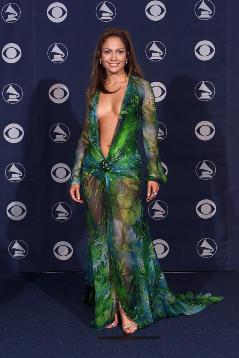 Jennifer Lopez, 2000-15 Weirdest Outfits At The Grammys Over The Years