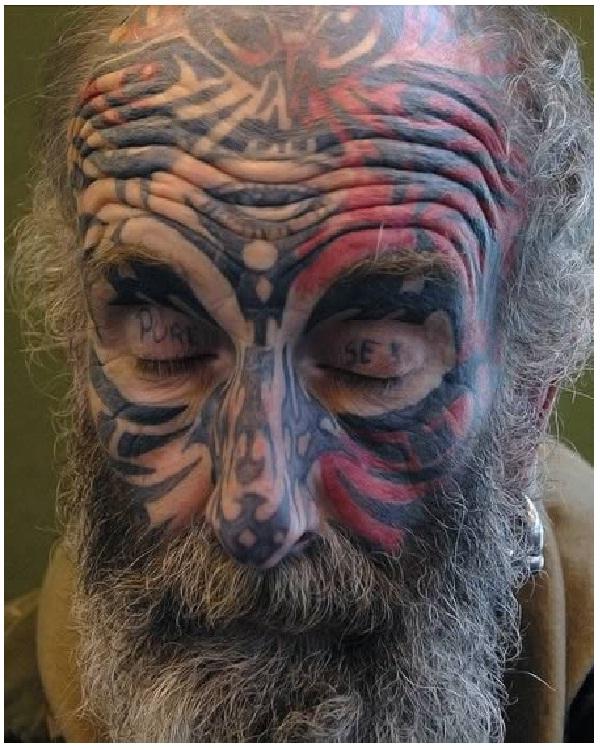 Pure sex-Weirdest Eyelid Tattoos
