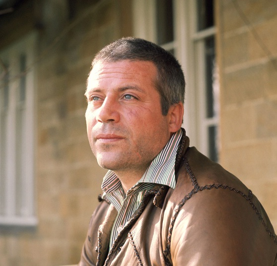 Oliver Reed-Celebrities Who Were Killed By Alcohol