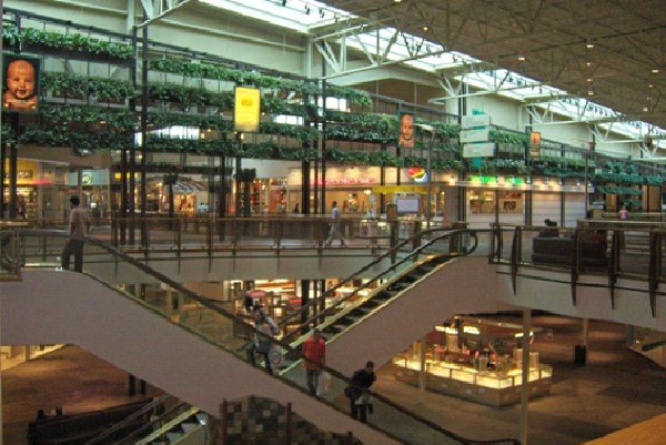 The Outlets at Bergen Town Center-Places To Visit In New Jersey
