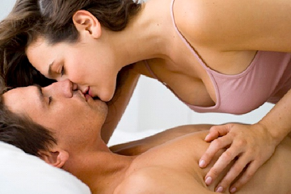 Kissing-Top Turn Ons For Women