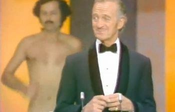 Streaker in 1974-Most Bizarre Moments At Oscars Ever
