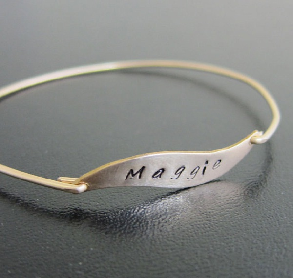 Engraved Jewelry-Best Gifts To Give Your Girlfriend