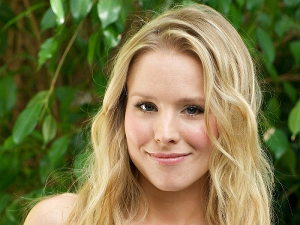 Kristen Bell Gives Duck Pout Second Place-12 Best Female Celebrity Smiles Ever