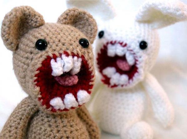 Snarling Teddy Bears-Creepiest Toys