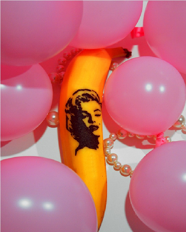 Marilyn Banana-15 Amazing Banana Art You Will Ever See