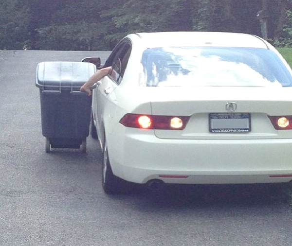 Taking Out The Trash-Funniest Pics Of Lazy People