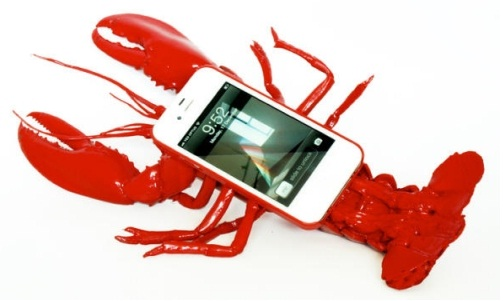 The lobster-More Of Ridiculous IPhone Cases