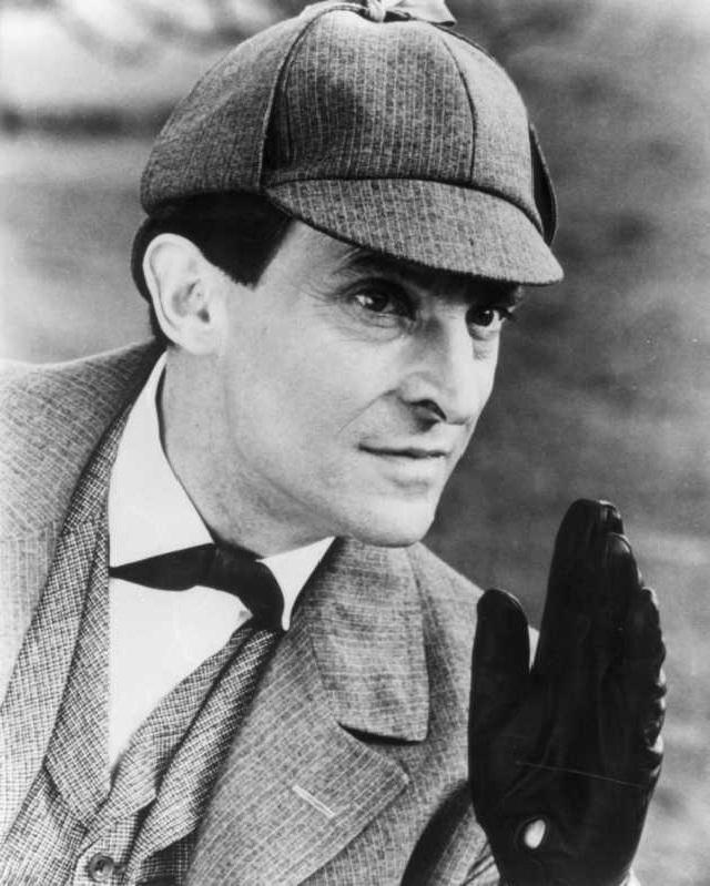 Sherlock Holmes-Famous Fictional Detectives