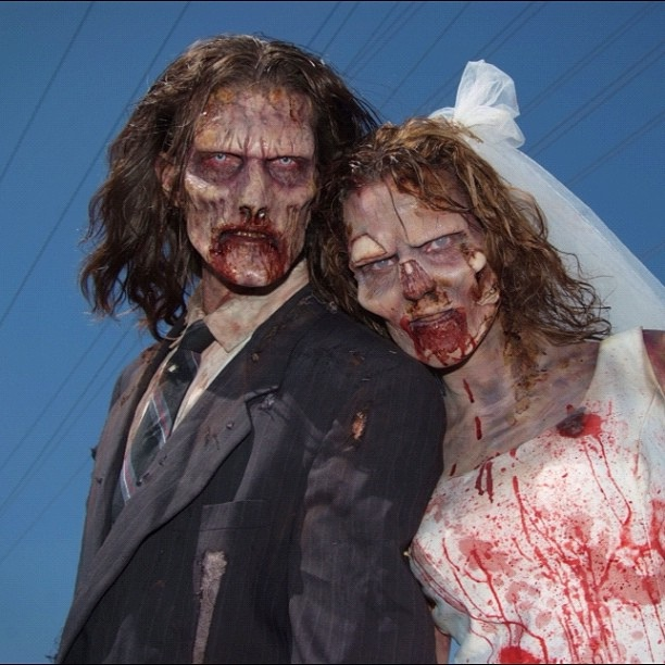 Forever Love-Zombie Engagements