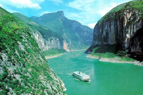 Yangtze River - 3988 Miles-Longest Rivers In The World