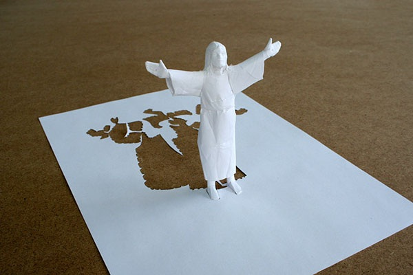 Jesus-Papercut Sculptures From Single Sheet Of A4