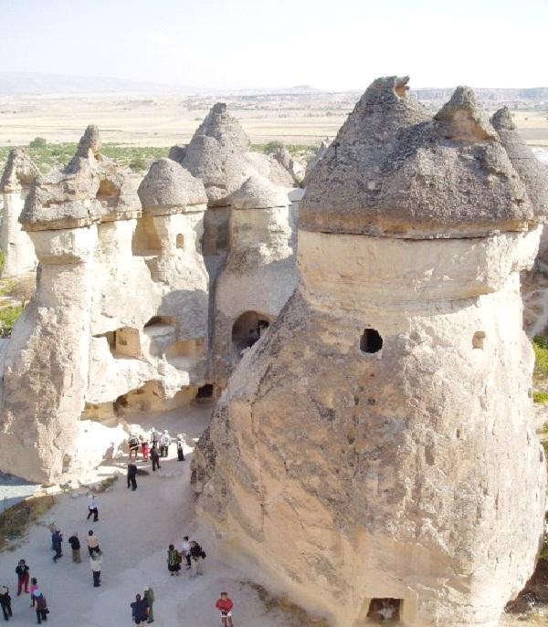 Kapadokya, Turkey-Unusual And Unbelievable Underground Places