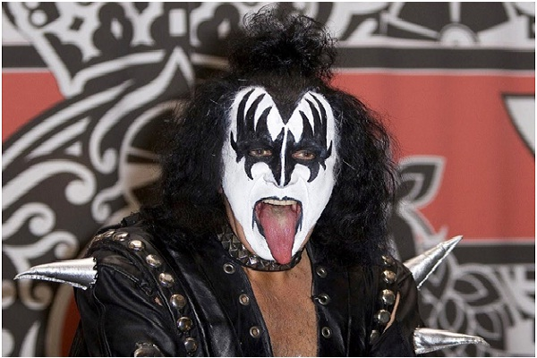 Gene Simmons' Tongue-Celebrity Body Parts Insured For Millions