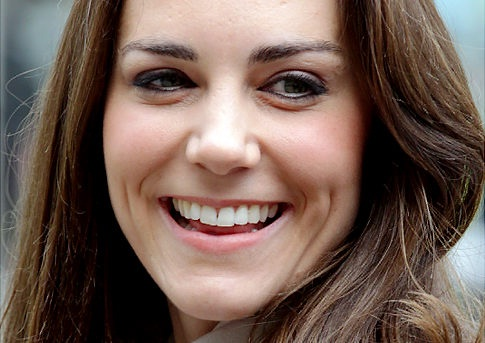 Kate and Her Regal Dimples-12 Famous Hottest Women With Dimples