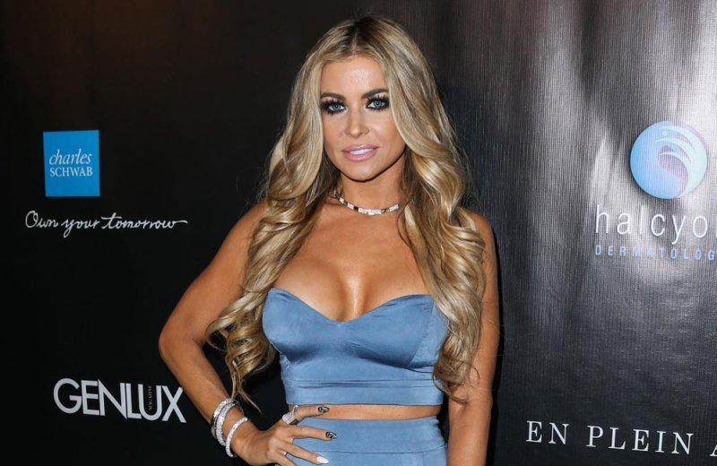 Carmen Electra-24 Celebrities Who Had Breast Implants