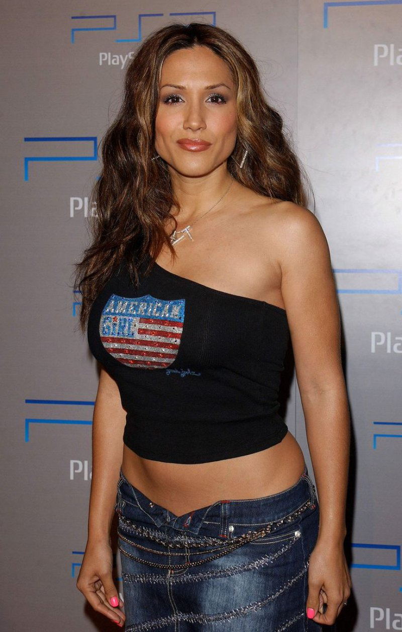 Leeann Tweeden-12 Celebrities Who Once Worked At Hooters