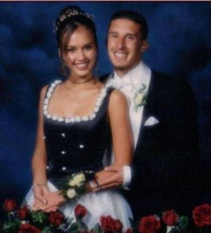 Jessica Alba Prom Date Photo-15 Rare Unseen Celebrity Prom Photos