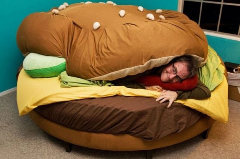 Burger Bed-15 Perfect Gift Ideas For Food Lovers