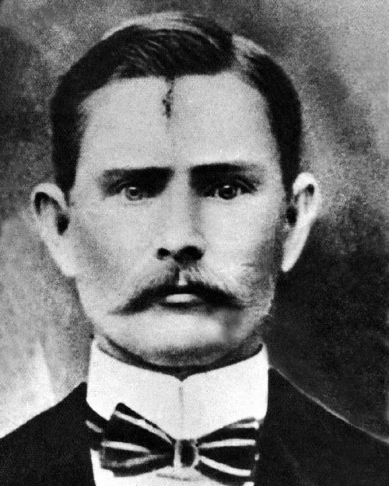 Jesse James (Outlaw)-15 Famous Personalities Who Married Their Family Members