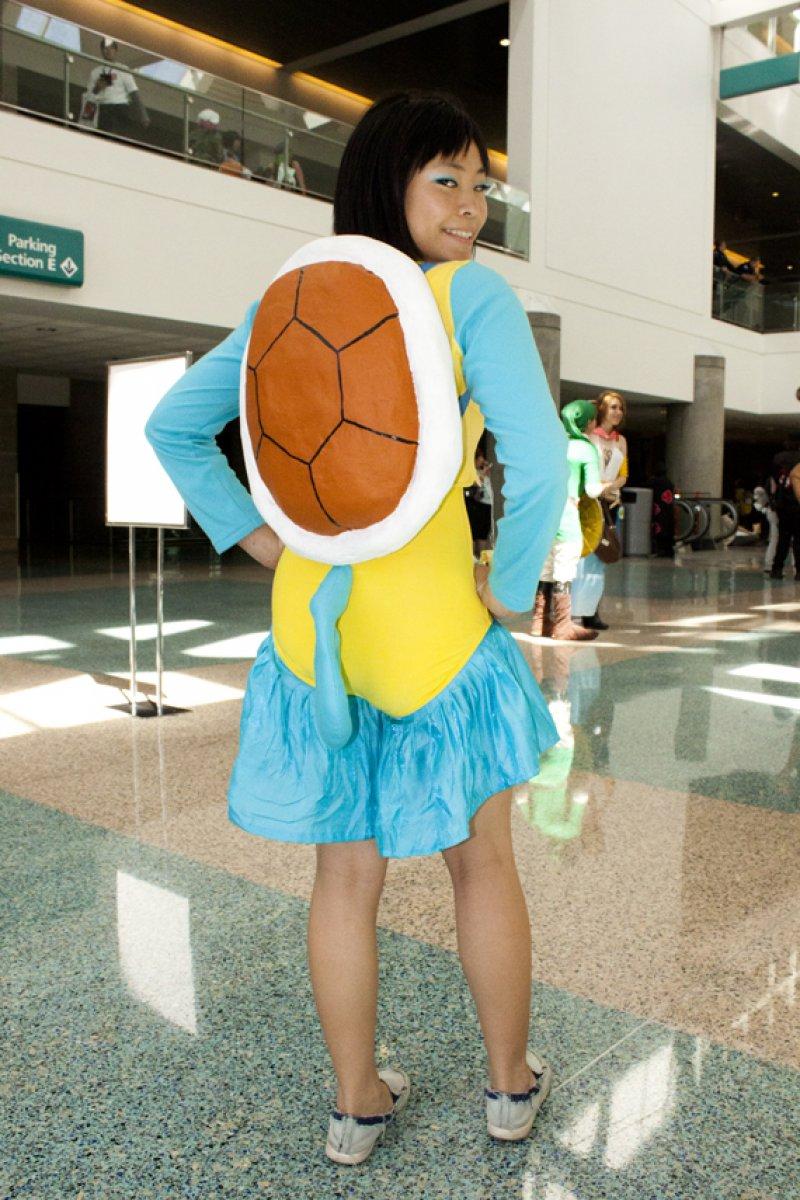 Squirtle Cosplay-12 Amazing Pokemon Cosplays Ever Сузи Косплей