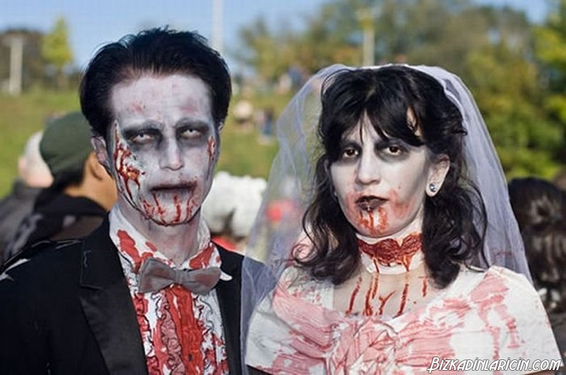 Zombie Wedding-15 Most Bizarre Themed Weddings Ever