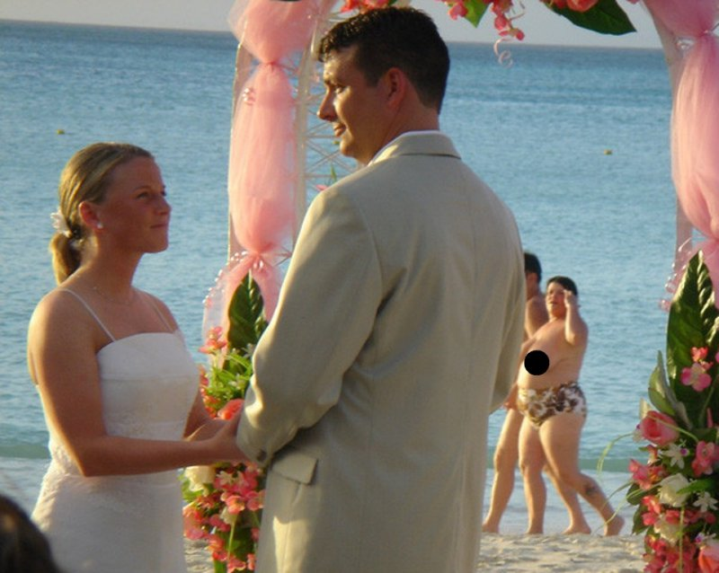 Surprise Wedding Guest-18 Hilarious Beach Fails That Will Make You Laugh Out Loud