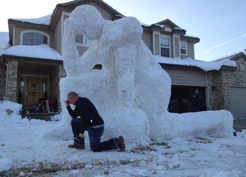 Tebowing-Craziest Snowmen Ever