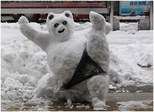 A sexy bear-Craziest Snowmen Ever