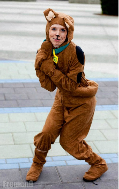 Scooby On The Loose-24 Best Scooby Doo Cosplays Ever