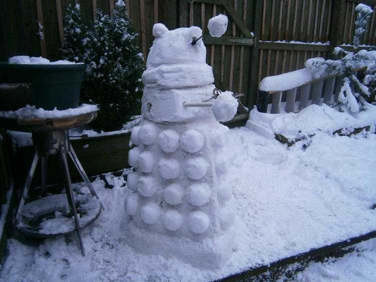 The Dalek Has It-Craziest Snowmen Ever