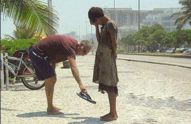 The Shirt Off Your Back-Pictures That Will Restore Your Faith In Humanity