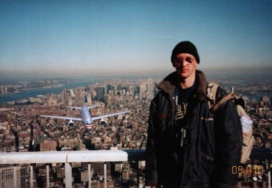 The tourist on the twin towers-Viral Photos That Turned Out To Be Fake