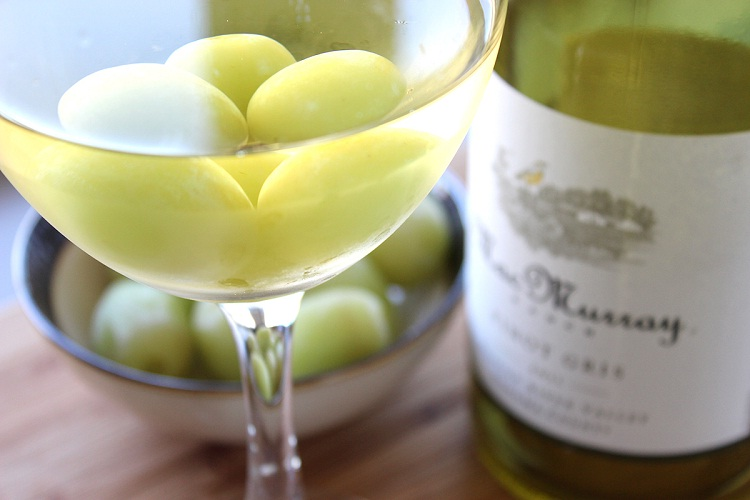 Frozen grapes-Amazing Booze Hacks