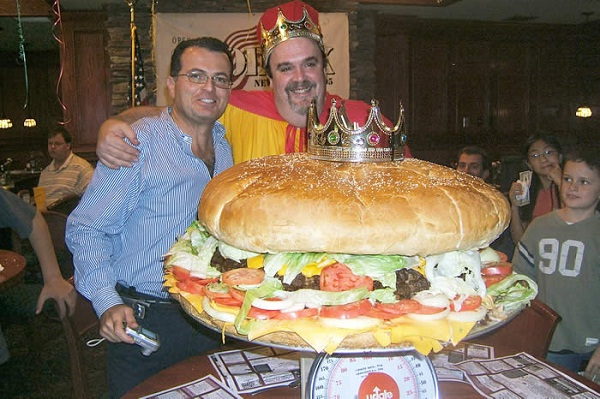 The biggest hamburger-Biggest Foods In The World