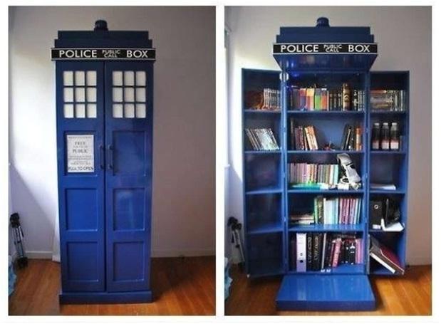Tardis Bookshelf-Coolest Bookshelves