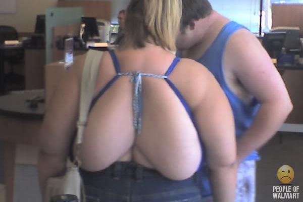 Back Bra-Strangest People Of Walmart