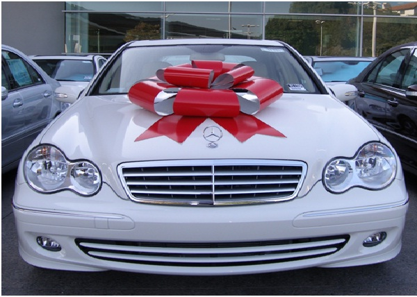 Car-Best Things To Get On Christmas