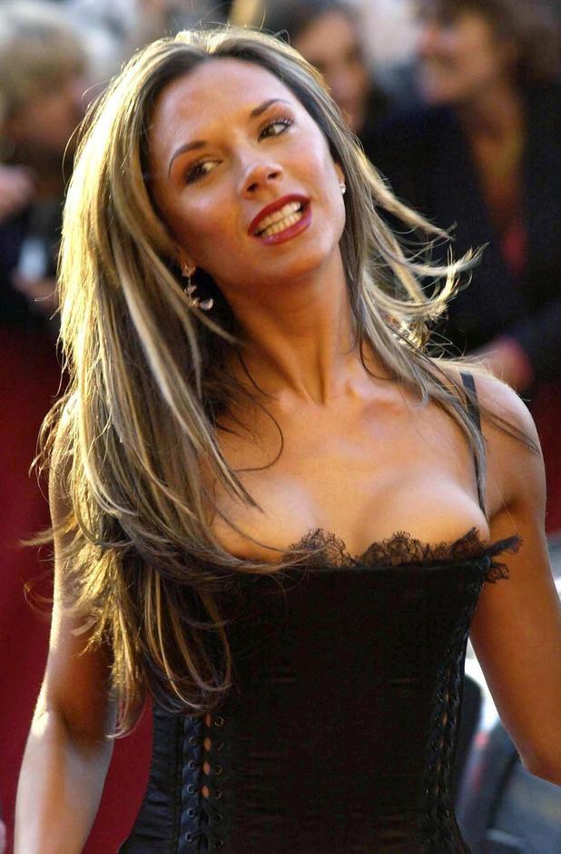 Victoria Beckham-24 Celebrities Who Had Breast Implants