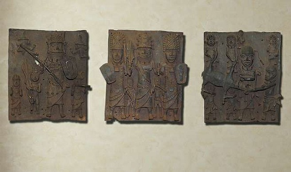 13th century bronze-Most Amazing Things Ever Found In Abandoned Luggage