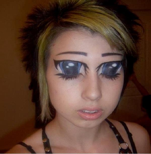Crazy Doll-Crazy Eye Make Up