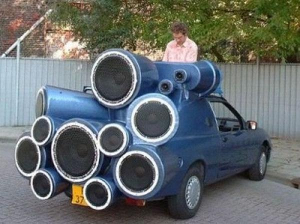 Speakers gone mad-Car Modification Fails