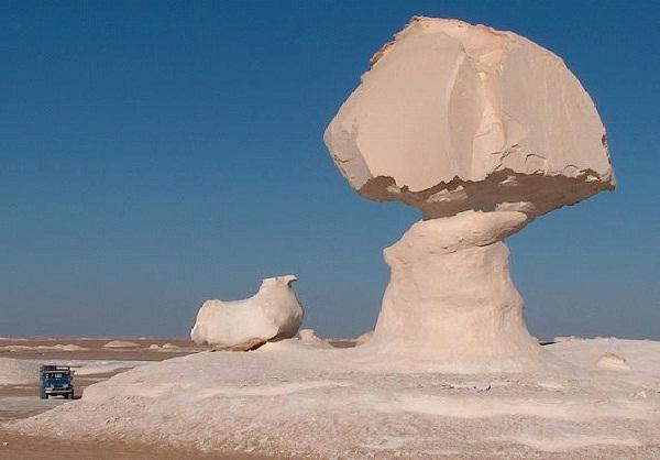 White Desert - Egypt-Most Fascinating Deserts