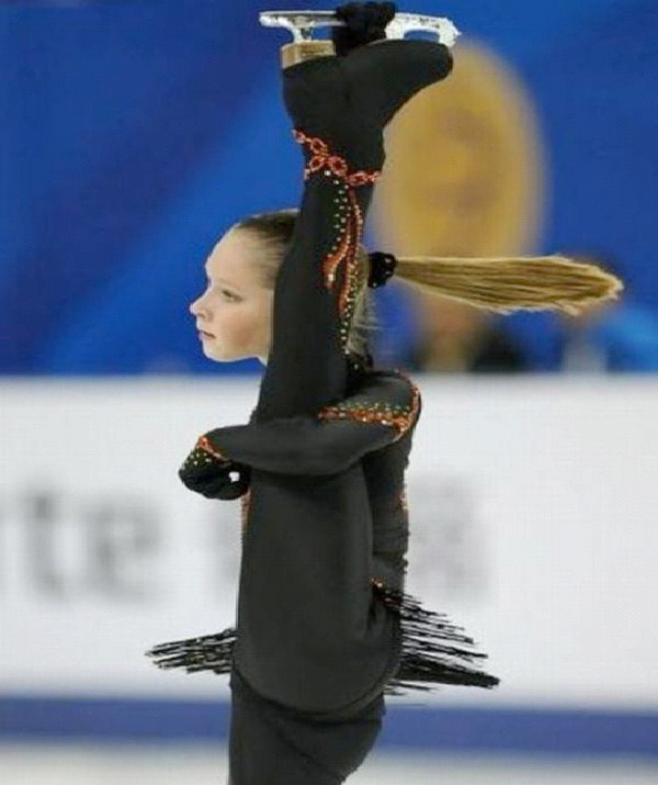 Swinging Ponytail-Perfectly Timed Pictures In Sports