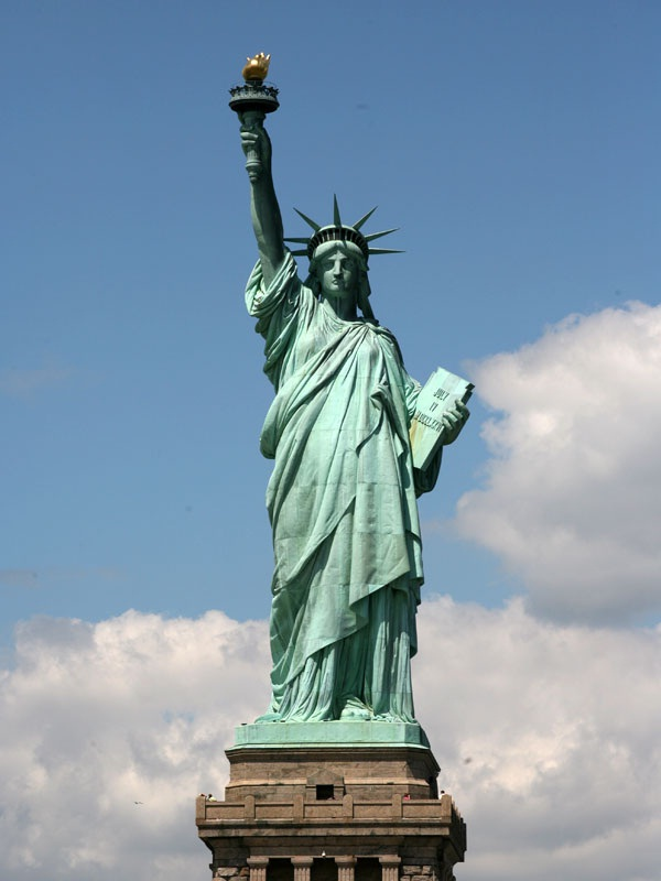 Statue of Liberty-Best Places To Visit In New York